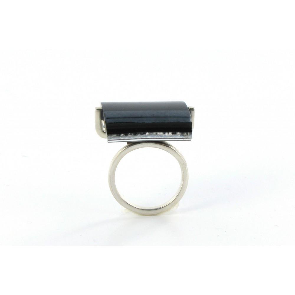bague rayures verre rectangle noire et noire m tallis e. Black Bedroom Furniture Sets. Home Design Ideas