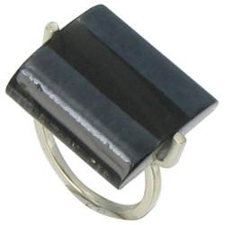 Bague Rayures Verre Rectangle Noire et noire métallisée.