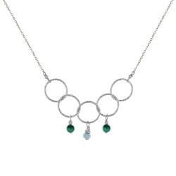 Collier Argent Rhodié Cinq Anneaux Ciselés Deux Perles de Malachite et Une Perle Facettée de Larimar